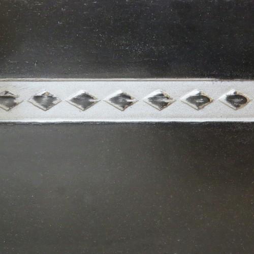 049 Эмаль Черный (гладкий шпон) Патина серебро